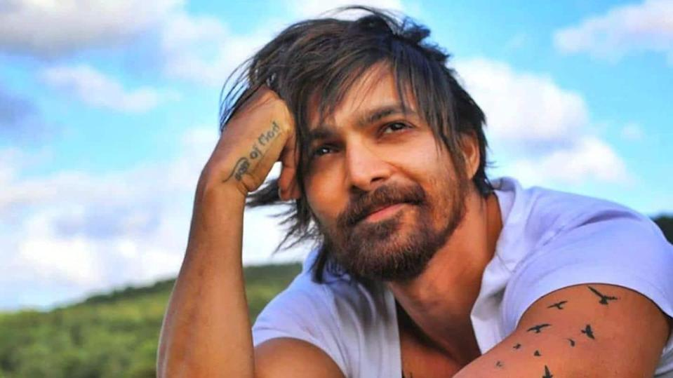 COVID-19: Harshvardhan Rane to sell motorbike to buy oxygen concentrators