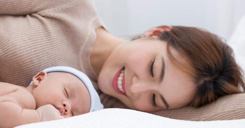 how to soothe a baby to sleep