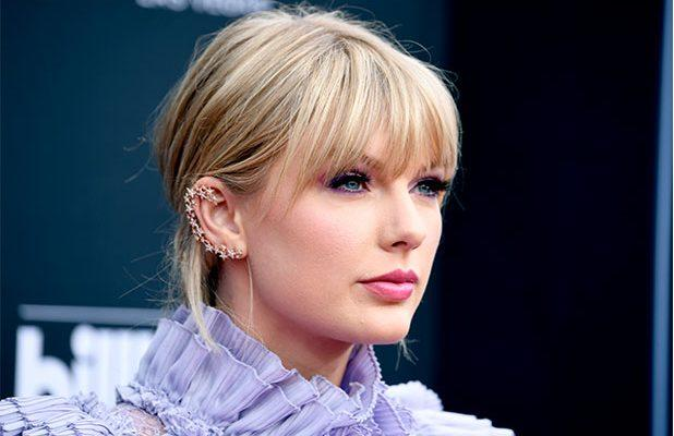 f5f27de119065 Taylor Swift Pens Open Letter to Tennessee Senator in Support of Equality  Act