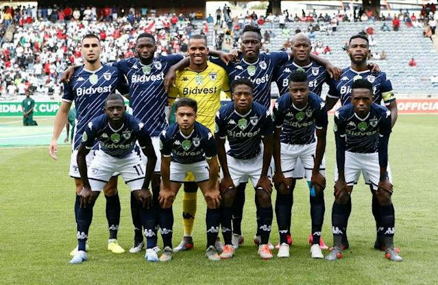 Bidvest Wits pose before defeating Orlando Pirates in a South African FA Cup tie this season (AFP Photo/Phill Magakoe)