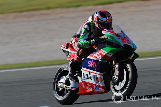 """Sam Lowes <span class=""""copyright"""">Gold and Goose / Motorsport Images</span>"""