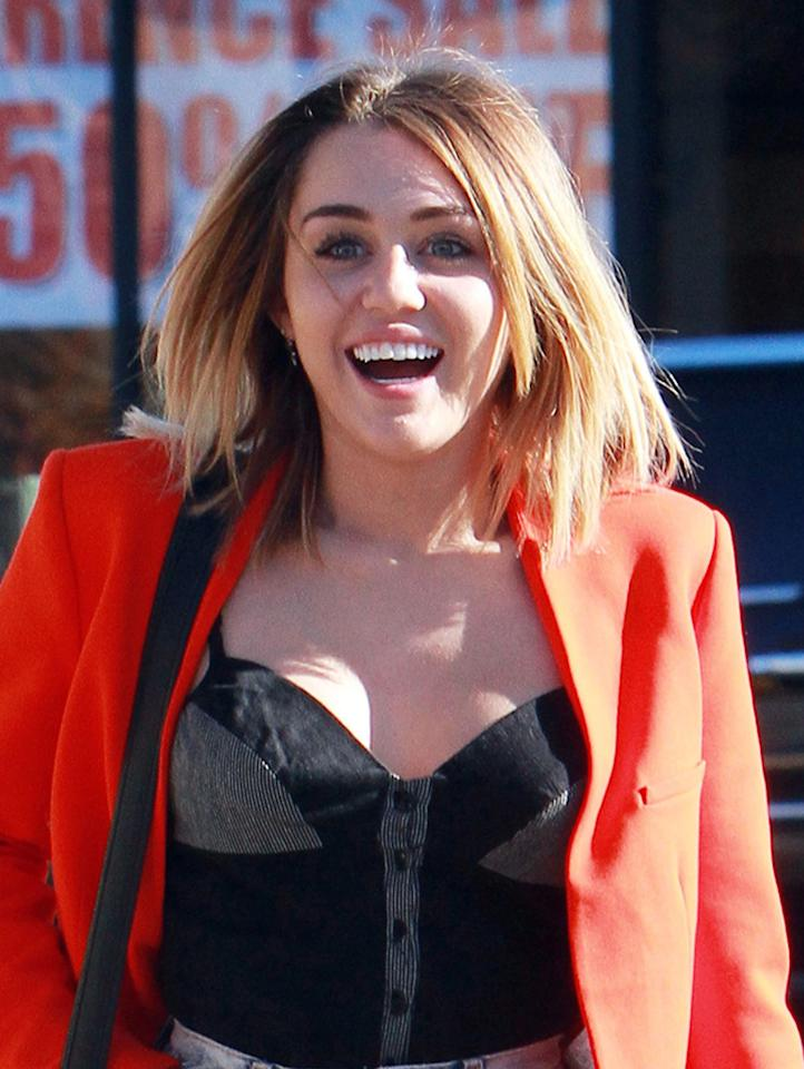 "Former ""Hannah Montana"" star Miley Cyrus has a love-hate relationship with Twitter. She famously stopped using it in October 2009, saying she was tired of telling everyone what she was doing and wanted to be more caught-up in the moment, but then started tweeting up a storm again last April. On February 13, the 19-year-old even debuted a new haircut -- a more mature, shorter bob -- on Twitter with a pic and the question, ""You likey?"" Well, do you? (2/16/2012)"