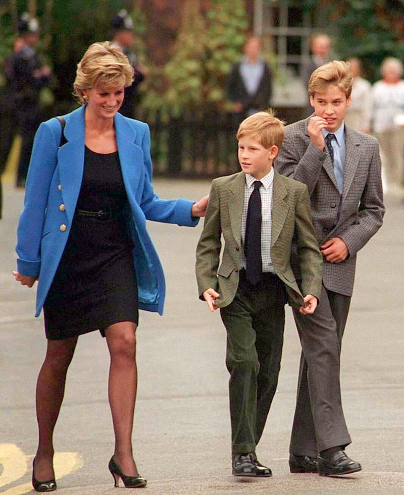 Princess Diana with her sons Prince William and Prince Harry in 1995. (Photo: Anwar Hussein via Getty Images)