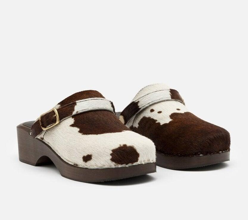 <p><span>Re/Done 70s Classic Clog</span> ($430)</p>