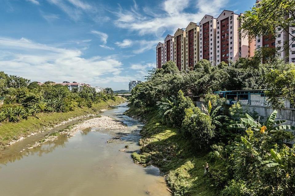 A general view of Sungai Damansara where it turned foamy on the night of April 30. ― Picture by Shafwan Zaidon