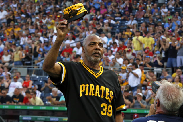 Member of the 1979 Pittsburgh Pirates World Championship team Dave Parker tips his cap during a ceremony honoring the team before a baseball game between the Pirates and the Philadelphia Phillies in Pittsburgh, Saturday, July 20, 2019. (AP Photo/Gene J. Puskar)