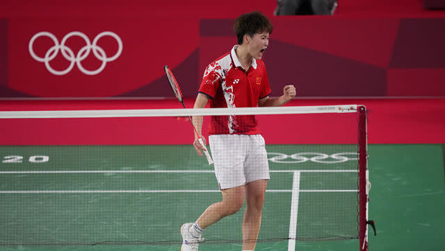 China's Chen Yu Fei clinched gold in the women's singles badminton tournament, with a win over Taiwan's Tai Tzu-ying in the final. It was a n evenly-fought contest, with the match ending 21-18, 19-21, 21-18 in Chen's favour. AP