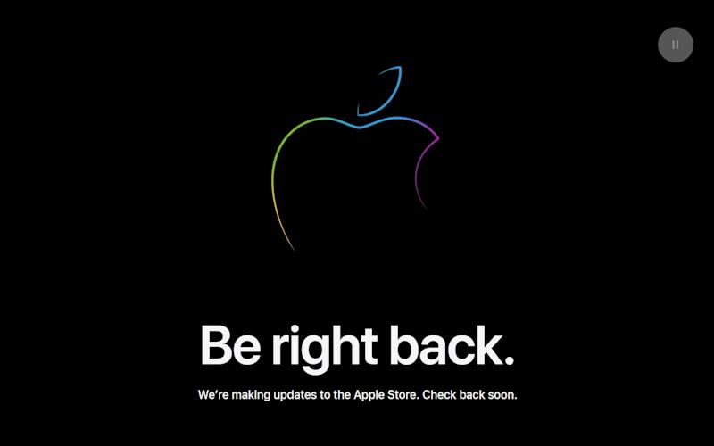 A big black screen with an Apple logo and the words BE RIGHT BACK. - Apple