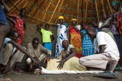 S. Sudan clashes force patients, doctors to flee hospital
