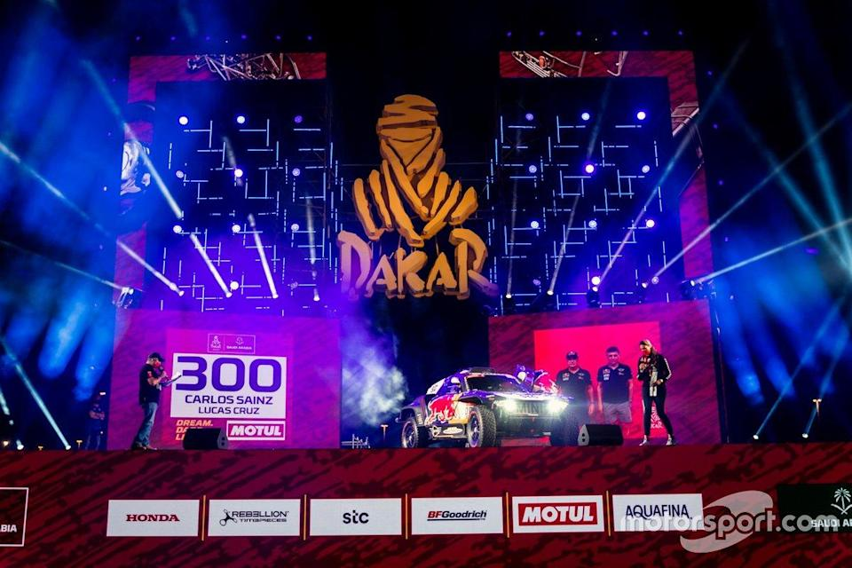 "#300 X-Raid Mini JCW Team: Carlos Sainz, Lucas Cruz<span class=""copyright"">X-raid </span>"