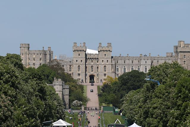The couple's car made its way up Long Walk to Windsor Castle. (Photo: Getty)