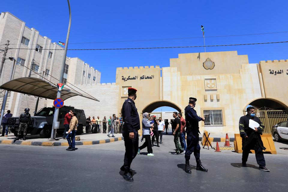 Officers stand guard outside Jordan's State Security Court (EPA)