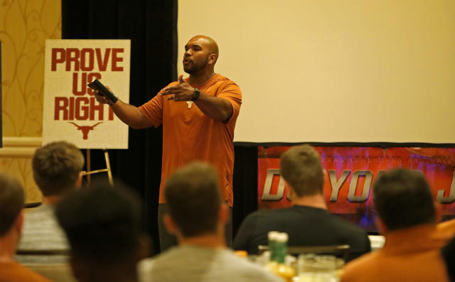 Texas Longhorns director of player development Kevin Washington speaks to the team Friday Sept. 6, 2019 at the team hotel in Austin, Tx. ( Photo by Edward A. Ornelas )