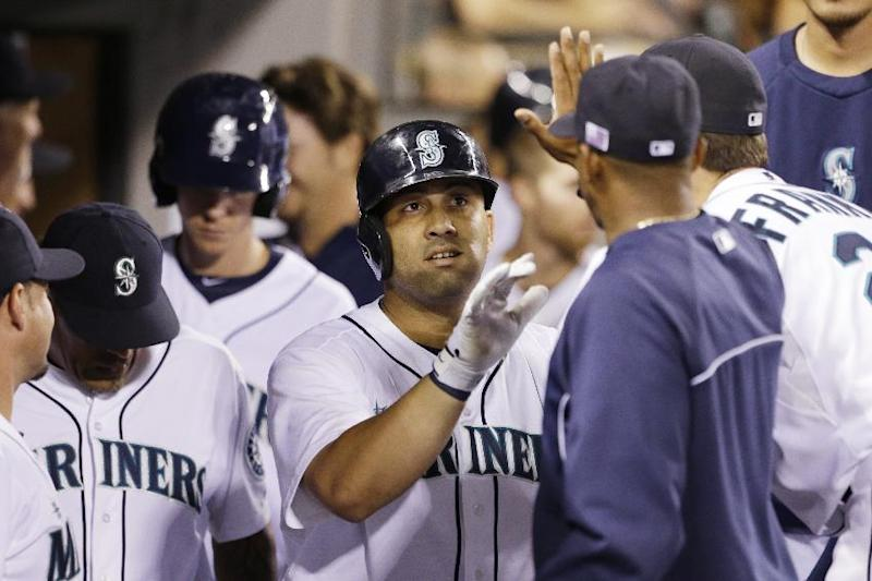 Twins sign free-agent 1B-DH Kendrys Morales