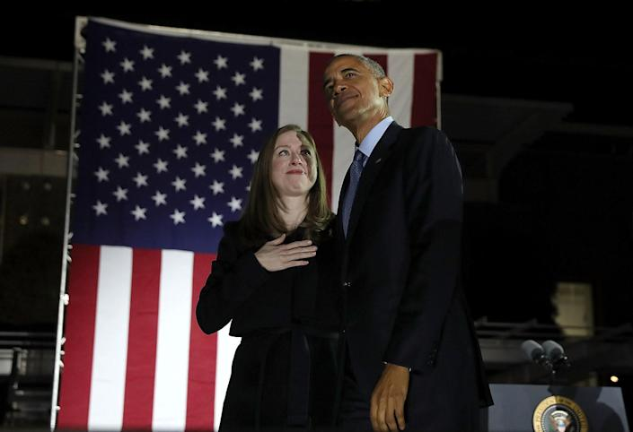 <p>Chelsea Clinton and U.S. President Barack Obama greet supporters during a campaign rally with Democratic presidential nominee former Secretary of State Hillary Clinton on Nov. 7, 2016 in Philadelphia, Pa. (Photo: Justin Sullivan/Getty Images) </p>
