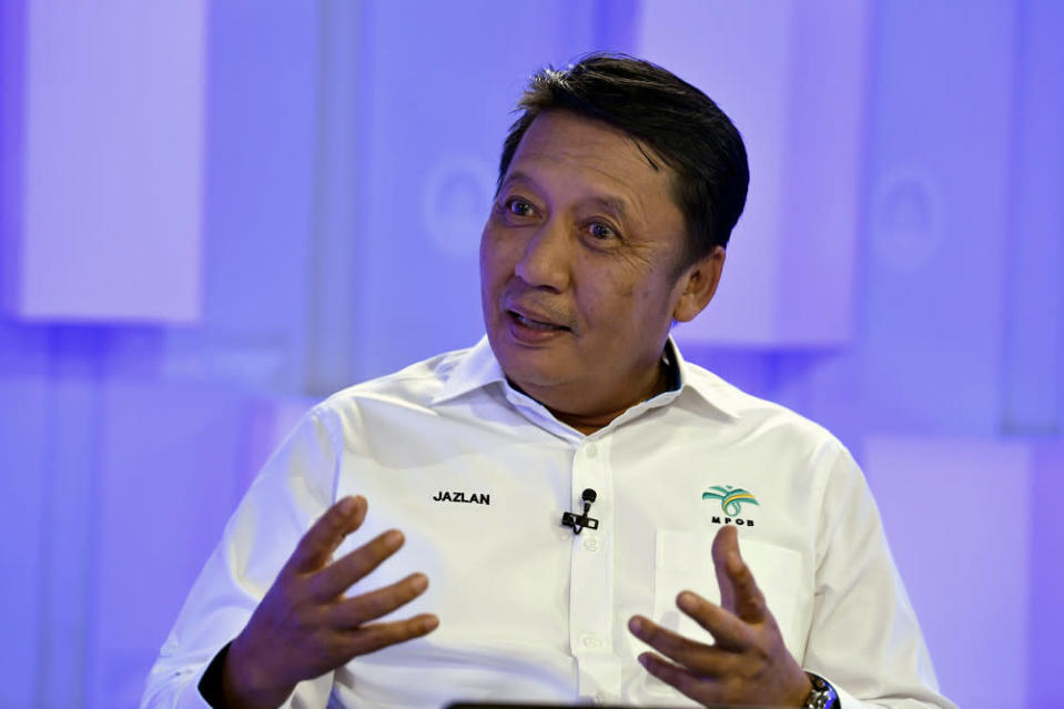 Datuk Ahmad Jazlan Yaakub said he resigned as the Malaysian Palm Oil Board chairman yesterday out of principle. — Bernama pic