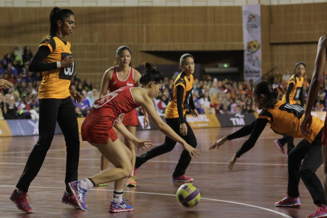 <p>Defending SEA Games netball gold medallists Singapore took on Malaysia at the Juara Stadium in Bukit Kiara on Wednesday (16 August). </p>