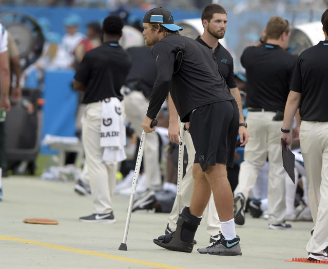 "<a class=""link rapid-noclick-resp"" href=""/nfl/players/8285/"" data-ylk=""slk:Greg Olsen"">Greg Olsen</a> left Week 1 with a foot injury. (AP Photo)"