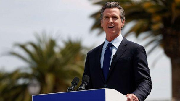 PHOTO: California Governor Gavin Newsom speaks at a news conference at Universal Studios Hollywood in Universal City, Los Angeles, June 15, 2021. (Mario Anzuoni/Reuters)