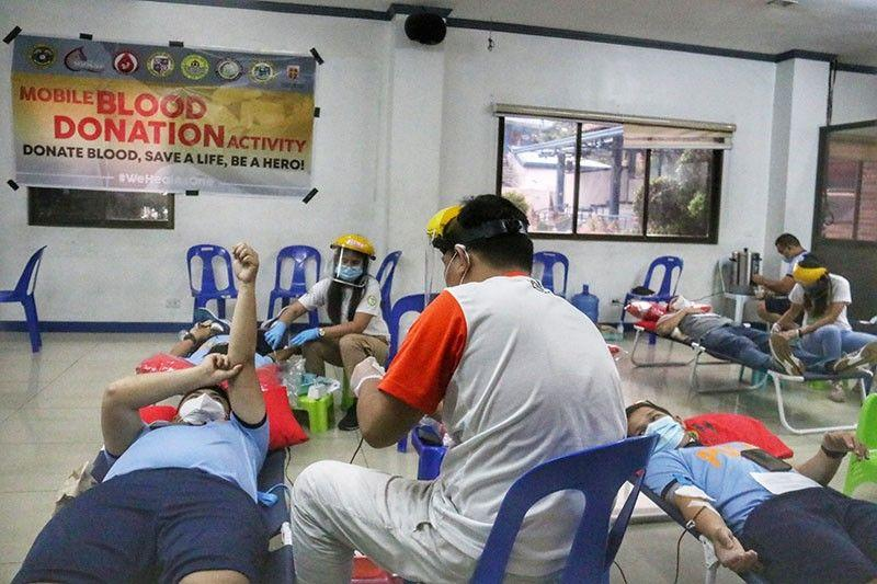 Blood drive draws over 900 donors