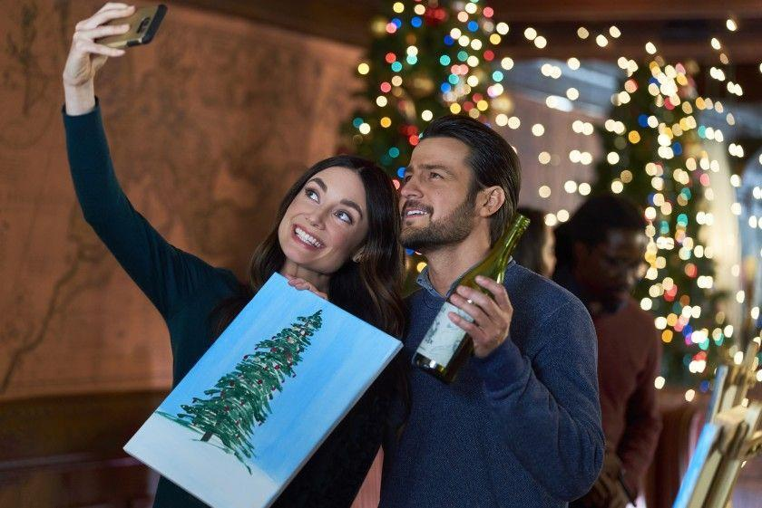 <p>Holiday traditions aren't limited to caroling and baking Christmas cookies. This Hallmark flick revolves around a Christmas scavenger hunt, or—more accurately—the two bickering architects of the game (Mallory Jansen, Tyler Hynes).</p>