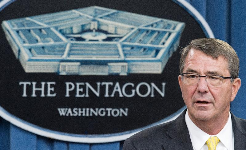 US Secretary of Defense Ashton Carter has defended the Iran nuclear deal