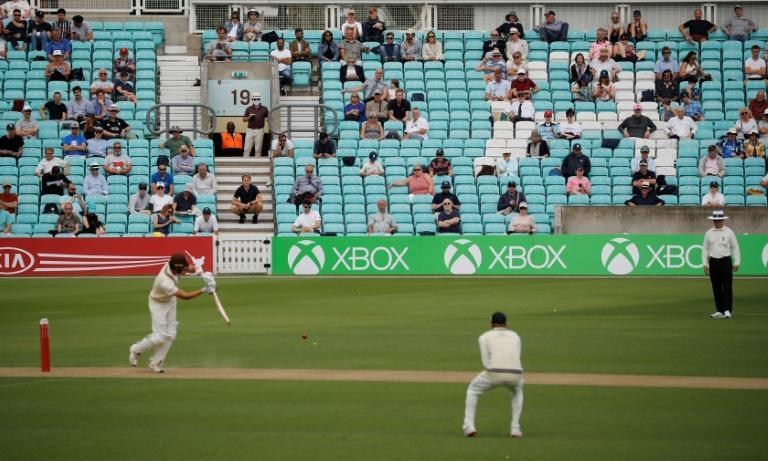 Surrey had been hoping to welcome 2,500 spectators on Saturday and Sunday after a successful outing with 1,000 members last Sunday (AFP Photo/Tolga AKMEN)