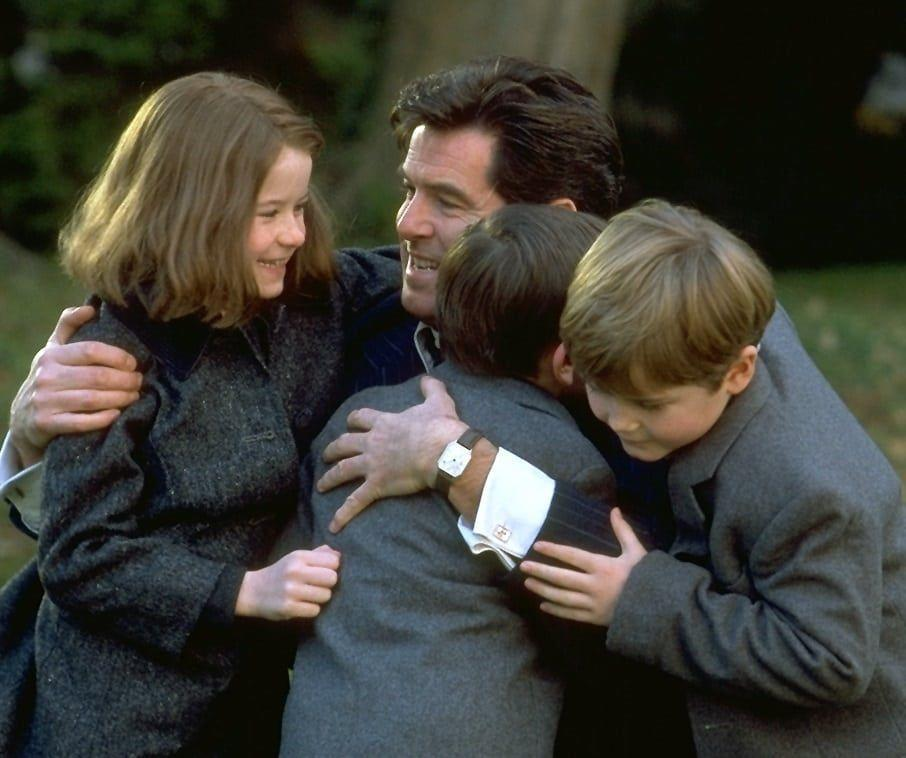 "<p>When Desmond Doyle's (Pierce Brosnan) wife left him in 1953 Ireland, his children were sent to orphanages. Based on a real-life series of court cases, <em>Evelyn </em>tracks Desmond's fight to win back his children at a time when men weren't considered capable of raising kids alone. </p><p><a class=""link rapid-noclick-resp"" href=""https://www.amazon.com/Evelyn-Pierce-Brosnan/dp/B07GT9WPSB/ref=sr_1_8?dchild=1&keywords=irish+movie&qid=1609786935&s=instant-video&sr=1-8&tag=syn-yahoo-20&ascsubtag=%5Bartid%7C10072.g.35120185%5Bsrc%7Cyahoo-us"" rel=""nofollow noopener"" target=""_blank"" data-ylk=""slk:Watch Now"">Watch Now</a></p>"