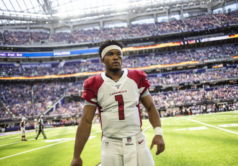 MINNEAPOLIS, MN - AUGUST 24: Kyler Murray #1 of the Arizona Cardinals on the sidelines before the preseason game against the Minnesota Vikings at U.S. Bank Stadium on August 24, 2019 in Minneapolis, Minnesota. (Photo by Stephen Maturen/Getty Images)