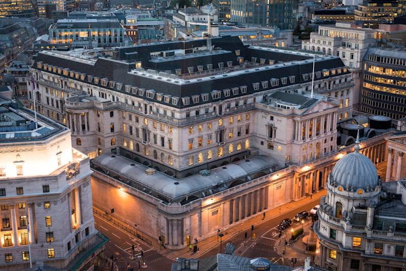 Central Banks Are Nearing Policy Limits,Bank of England's Carney Says