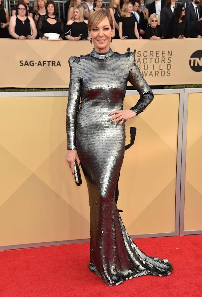 <p>Janney paired a long pony with her mock-neck sequined gown. (Photo: Getty Images) </p>