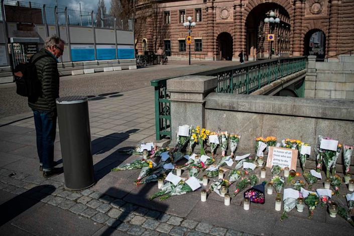 A memorial in Stockholm's Mynttorget square in memory of loved ones lost to the new coronavirus in April 2020.