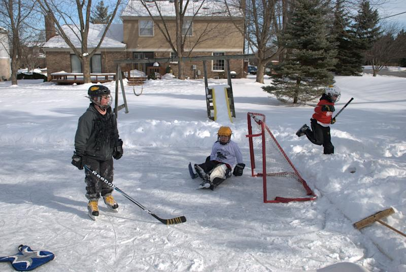 "Warmer winters in northern latitudes could mean <a href=""http://www.cbc.ca/news/technology/story/2013/01/18/hamilton-climate-change-rinks.html"" target=""_blank"">fewer days for outdoor hockey</a>. An online project called RinkWatch aims to collect data on the condition of outdoor winter ice rinks in Canada and the northern U.S. and educate people on the impacts of climate change."