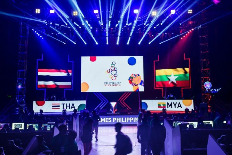 Filipino boxers rule the ring in SEA Games finals thumbnail