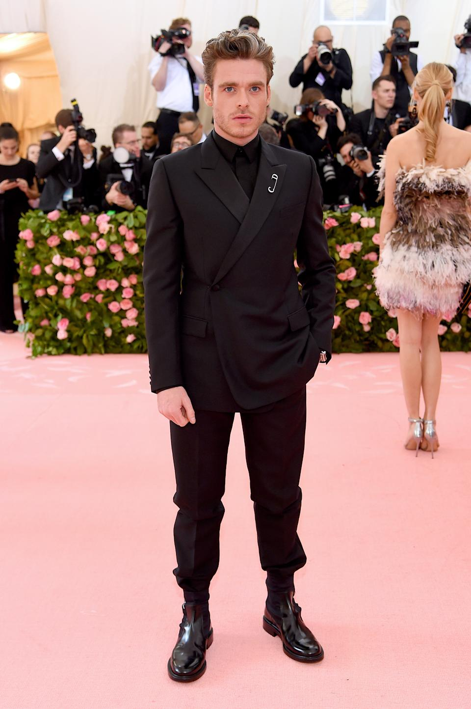 """<h1 class=""""title"""">Richard Madden in Dior Men</h1><cite class=""""credit"""">Photo: Getty Images</cite>"""