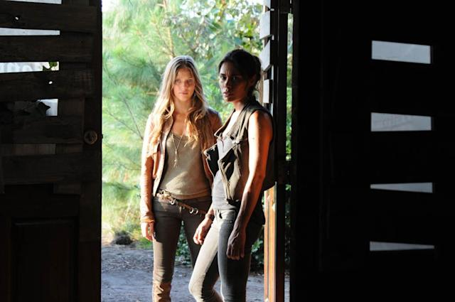 """No Quarter"" Episode 103 -- Pictured: (l-r) Tracy Spiridakos as Charlie Matheson, Daniella Alonso as Nora"