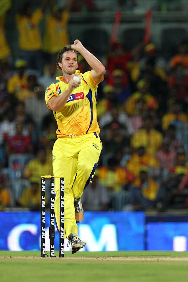 Chennai Super Kings Albie Morkel (L) bowls during the IPL Twenty20 cricket match between Chennai Super Kings and  Delhi Daredevils at The M.A.Chidambaram Stadium in Chennai on May 12, 2012.  RESTRICTED TO EDITORIAL USE. MOBILE USE WITHIN NEWS PACKAGE      AFP PHOTO/ SESHADRI SUKUMAR        (Photo credit should read SESHADRI SUKUMAR/AFP/GettyImages)