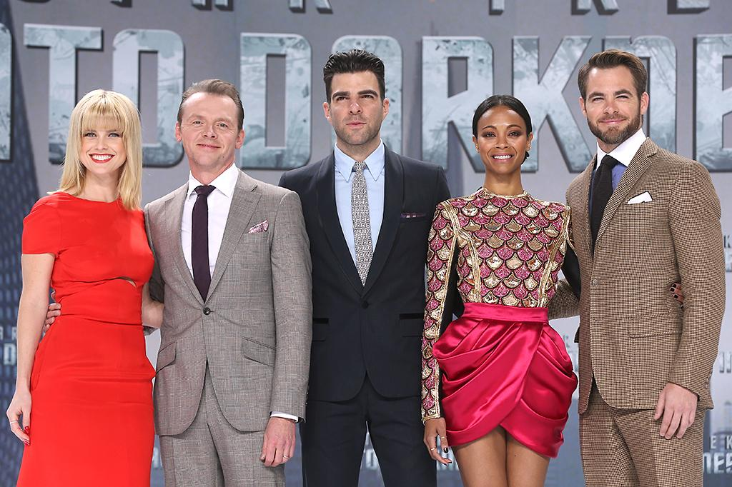 BERLIN, GERMANY - APRIL 29:  (L-R) Alice Eve, Simon Pegg, Zachary Quinto, Zoe Saldana and Chris Pine attend the 'Star Trek Into Darkness' Premiere at CineStar on April 29, 2013 in Berlin, Germany.  (Photo by Sean Gallup/Getty Images for Paramount Pictures)