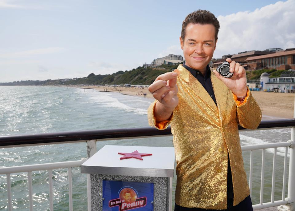 Stephen Mulhern presents In For A Penny. (ITV)