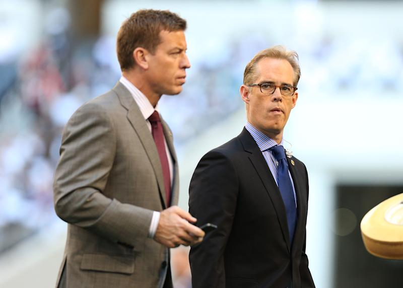 Watch: Joe Buck learns on-air he is going into Pro Football Hall of Fame
