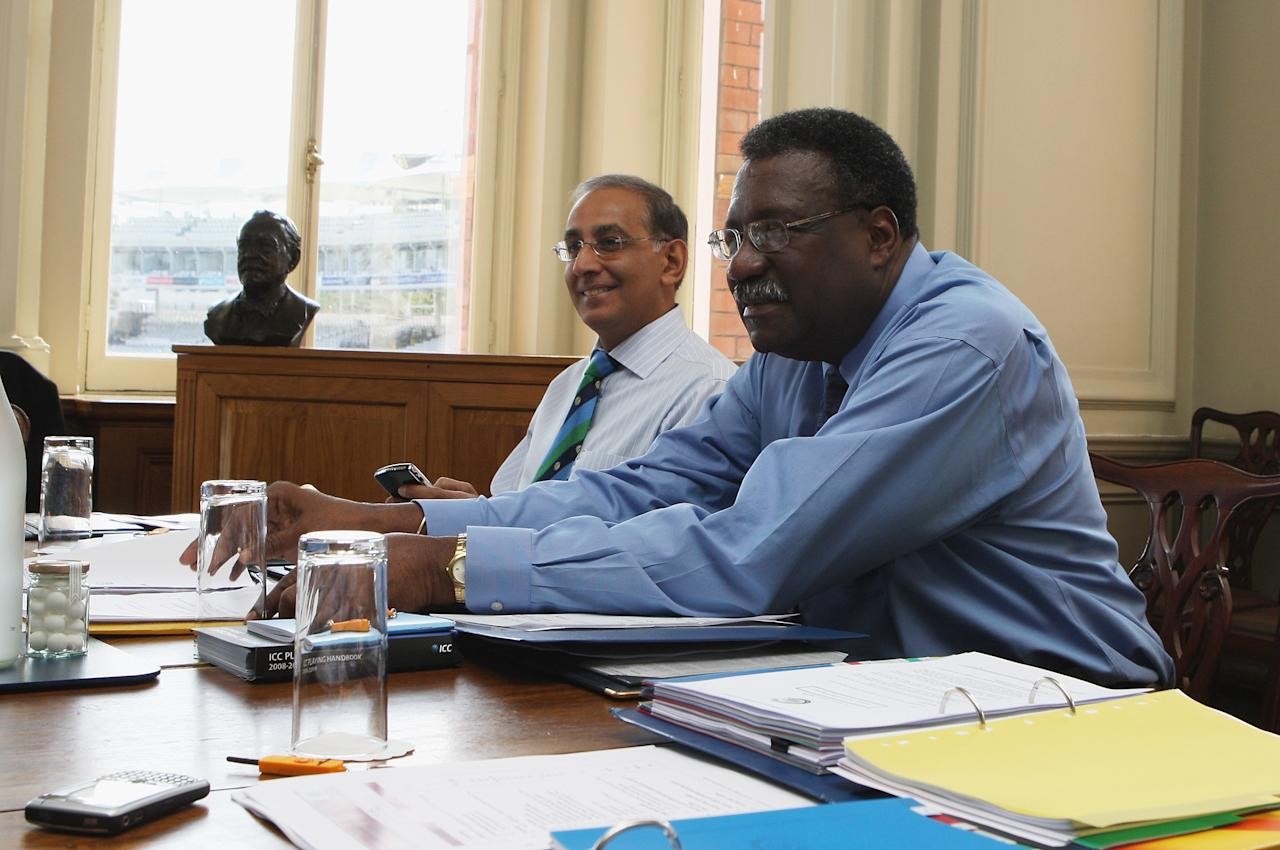 LONDON, ENGLAND - MAY 11:  Haroon Lorgat, Chief Exec of the ICC,  and Clive Lloyd, (R) Chairman of the ICC Cricket Committee looks on during the ICC Committee meeting held at Lords on May 11, 2009 in London, England.  (Photo by David Rogers/Getty Images)