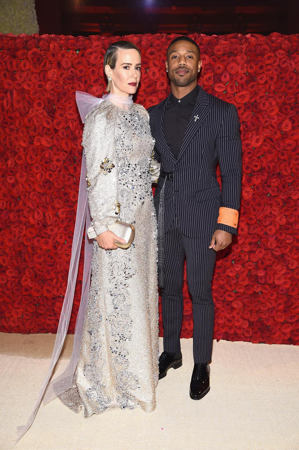 """<h1 class=""""title"""">Sarah Paulson in Prada and Michael B. Jordan in Off-White</h1><cite class=""""credit"""">Photo: Getty Images</cite>"""