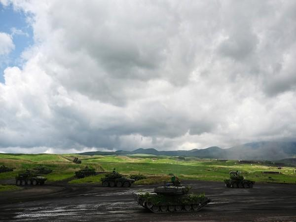 Japan's Self-Defense Forces conducts mock drill in Shizuoka Prefecture (Photo Credit - Reuters)