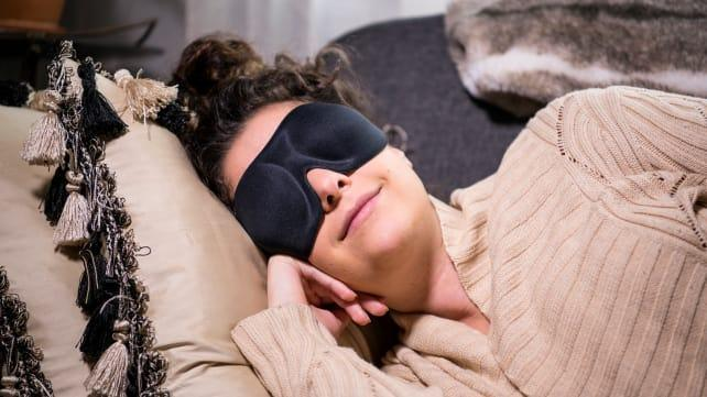 The best gifts for travelers: Nidra Sleep Mask