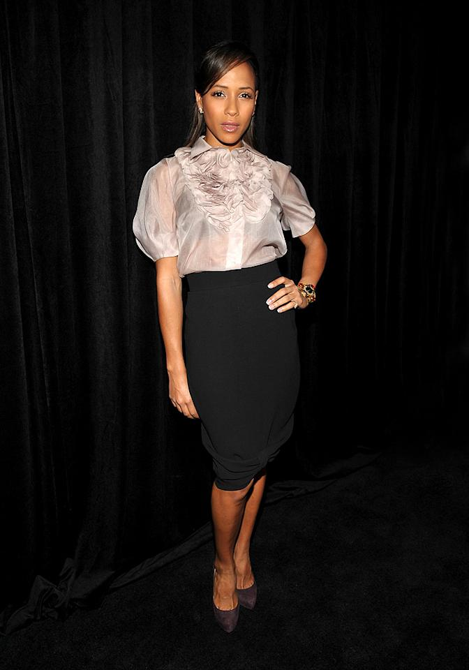 """Dania Ramirez pops a pose in an adorable ruffled top, high-waist skirt, and plum-colored pumps. John Shearer/<a href=""""http://www.wireimage.com"""" target=""""new"""">WireImage.com</a> - January 14, 2010"""