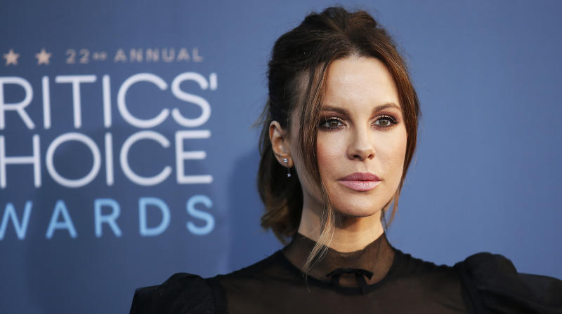 Kate Beckinsale Says Weinstein Came On To Her At 17