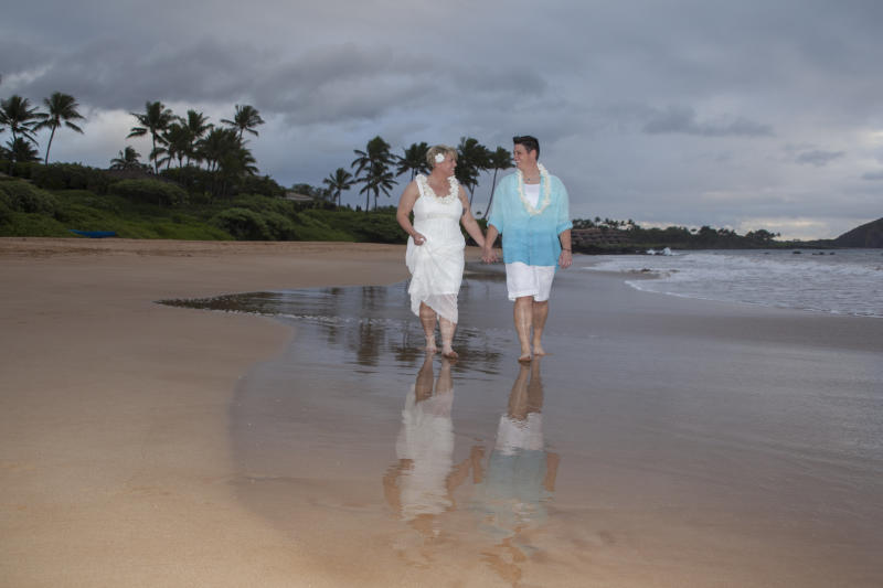 (Kevin Rebelo of Gay Hawaii Wedding)