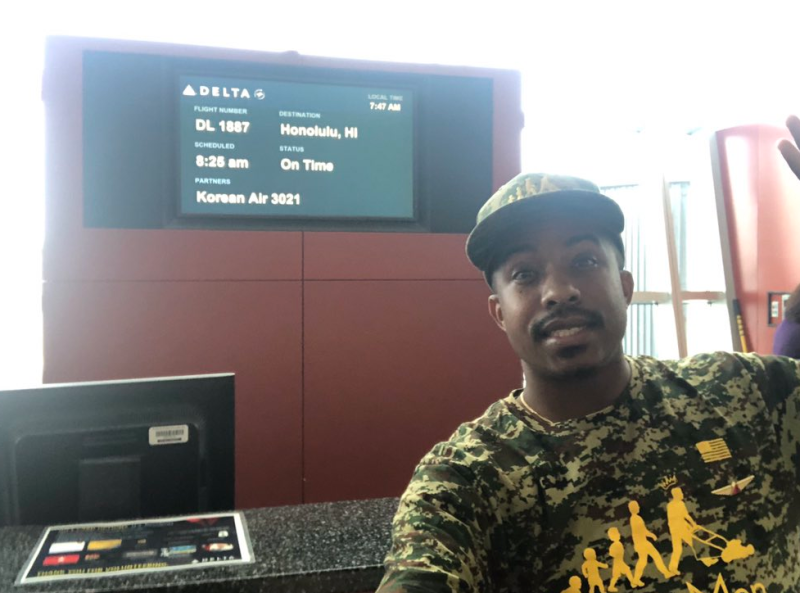 Rodney Smith Jr. en route to his final destination thanks to Delta. (Photo: Twitter)