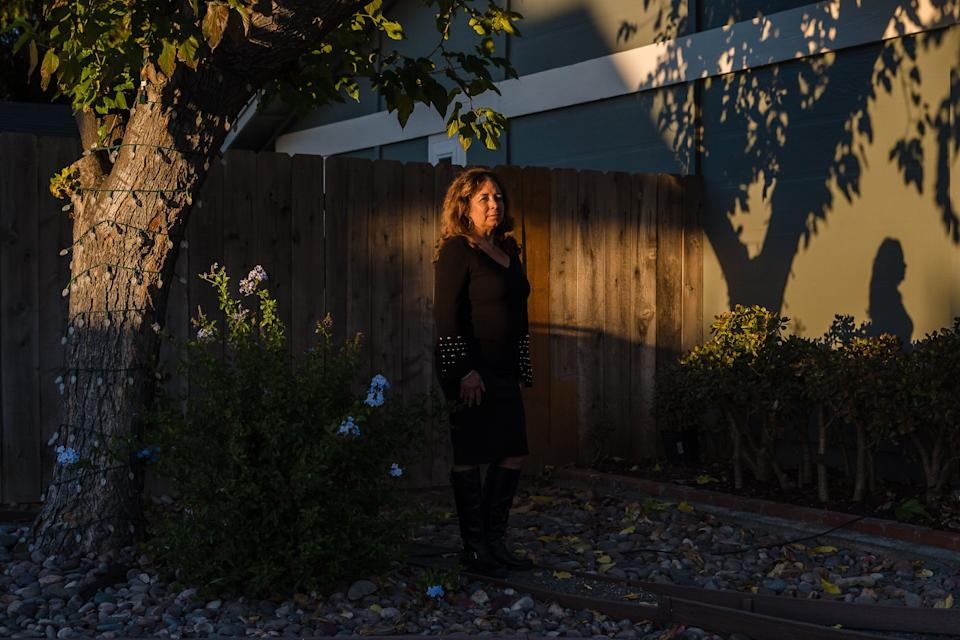 """Raquel Salorio started working at Ralphs 36 years ago. At the time, itseemed like an excellent living for someone without a college degree. """"But now everyone has caught up or passed us,"""" she said. (Photo: Ariana Drehsler for HuffPost)"""