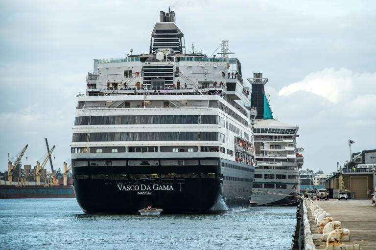 Nearly 100 New Zealand passengers from the Vasco da Gama were sent homeon a charter flight from Perth, while the remaining passengers -- almost 800 Australians and a handful of other nationalities -- are scheduled to disembark this week